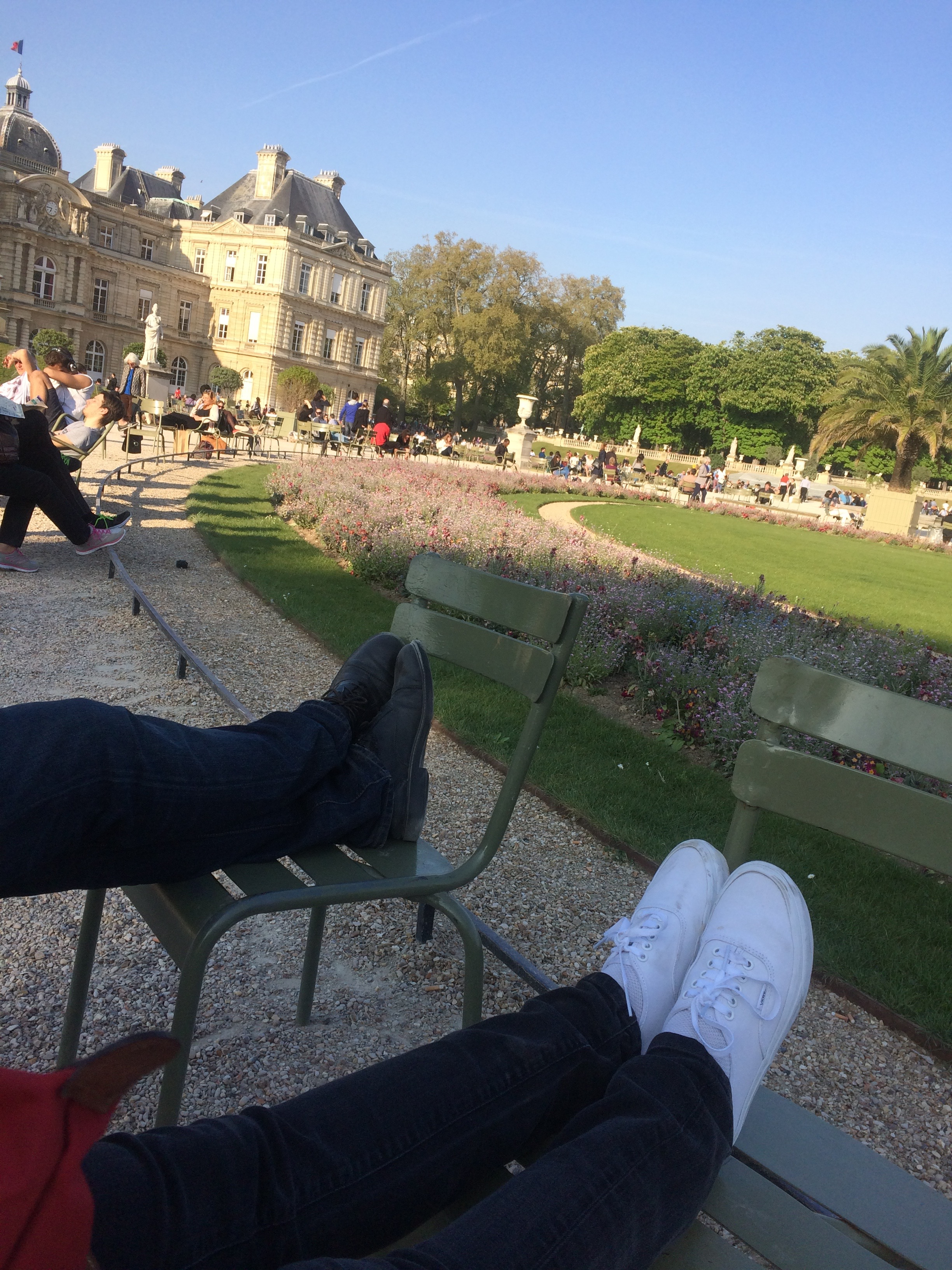 Serendipity in the city of light paris meet boston for Jardin du luxembourg hours