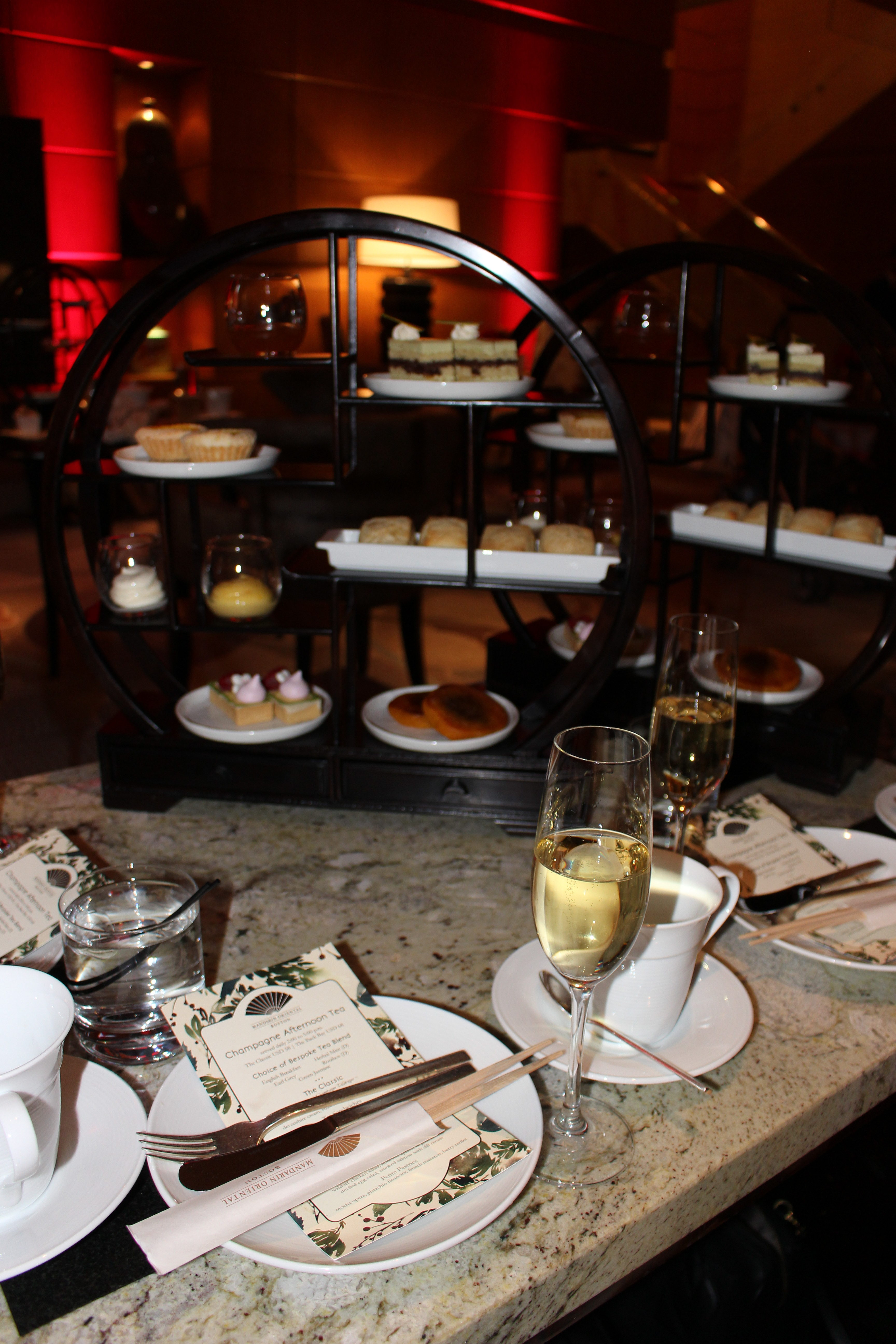 Boston blogger Lindsay Shores at Champagne Afternoon Tea in the Mandarin Oriental Hotel